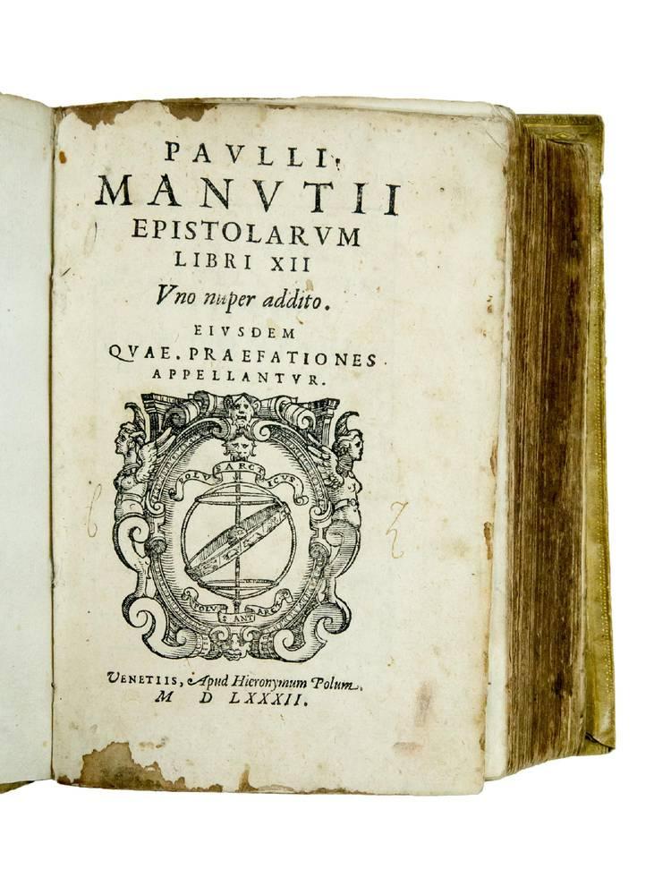 Epistolarum libri XII uno nuper addito. Eiusdem quae Praefationes appellantur